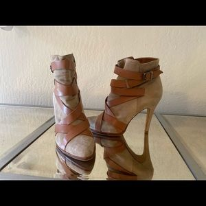 Women's size 12 Sam Edelman ankle booties
